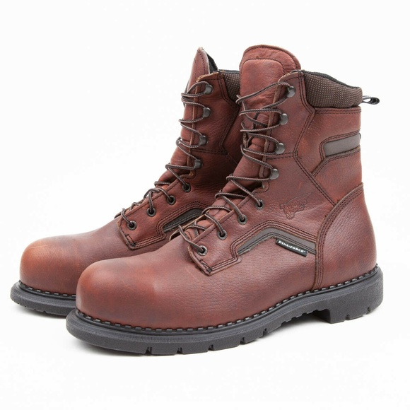 Red Wing 2238 Dynaforce 8 Safety Boots